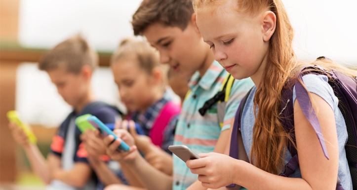 2114819_interdiction-des-telephones-portables-a-lecole-oui-au-nom-du-droit-a-la-deconnexion-173782-1