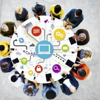Conférences débats e-citoyens : parents et professionnels