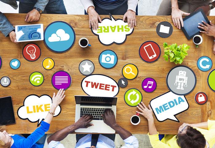 formation-social-media