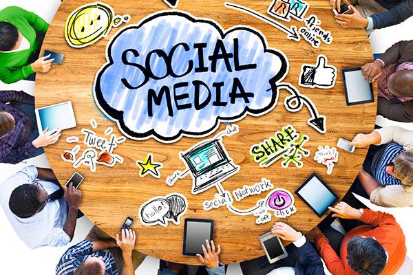 social-media-email-top
